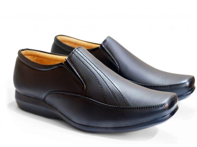 Slip On Office Shoes black