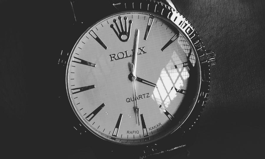Apple G Shock Fossil Diesel Rado First Copy Watches